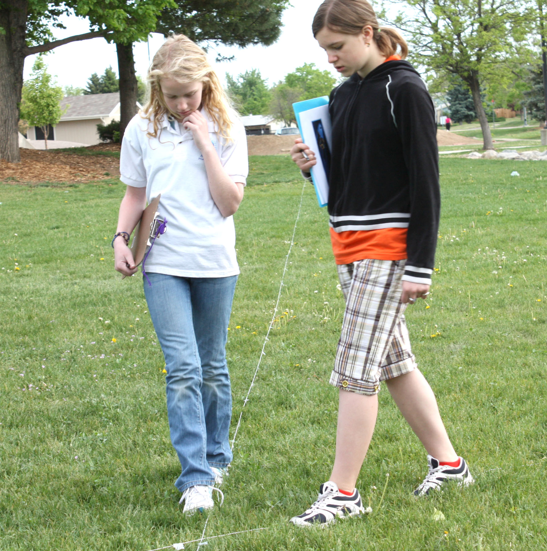 Students at Aurora Hills Middle School (CO) Participate in Extreme Navigation